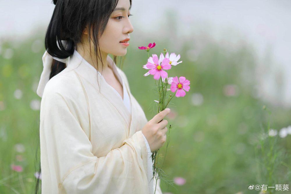 co trang vuon hoa scaled